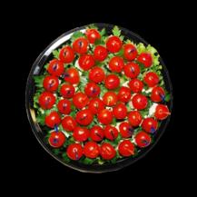 Канапе буженина с помидором черри