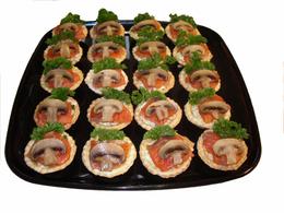 """Радужный"" семга, салат, картофель, яйцо, грибы, майонез"